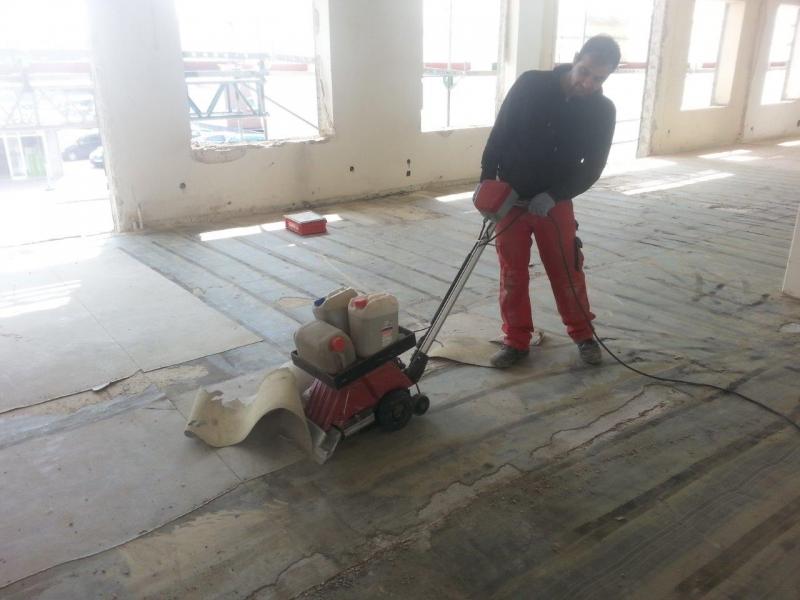 Teppich/PVC entfernen